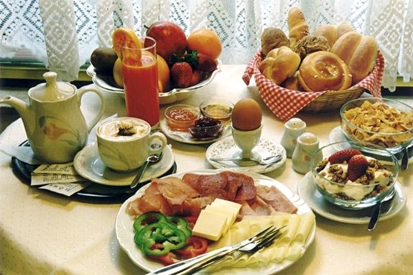 colazione in germania tra cibo e ricordi pattini. Black Bedroom Furniture Sets. Home Design Ideas