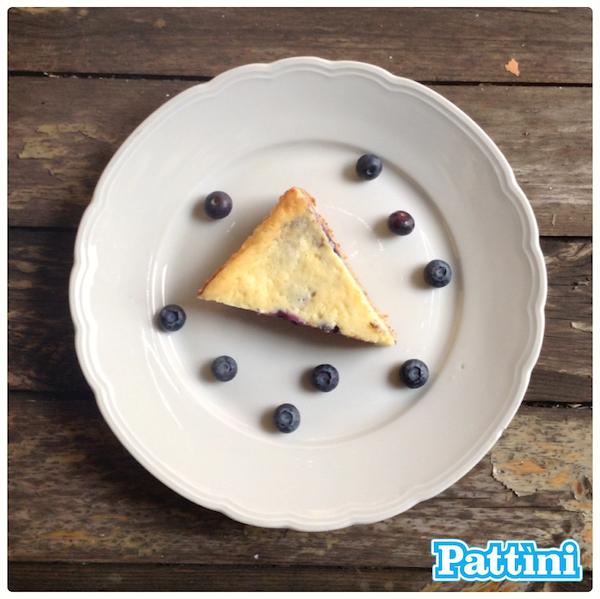 Liberiamo una ricetta: cheesecake al limone con mirtilli