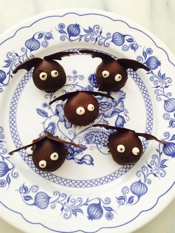 Ricetta dolce per Halloween: i pipistrelli al cioccolato
