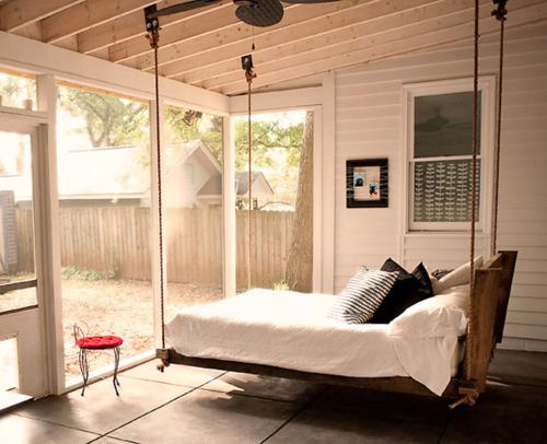 Letto Sospeso Muro : La buonanotte a modo tuo: idee per costruire un letto fai da te