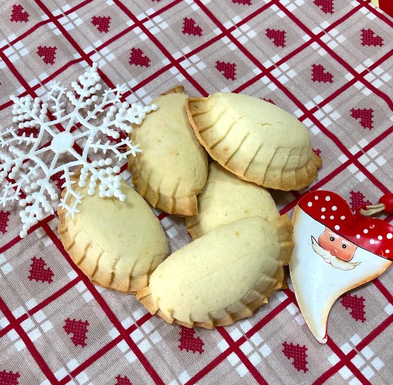 Regali di Natale fatti in casa: biscotti ripieni con marmellata di limoni