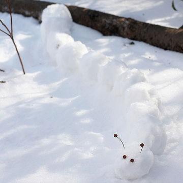 Giochi sulla Neve: strane impronte, buffe creature e meravigliosi quadri