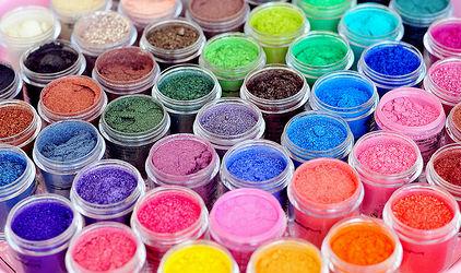 Colori naturali: come realizzarli con semplici ingredienti