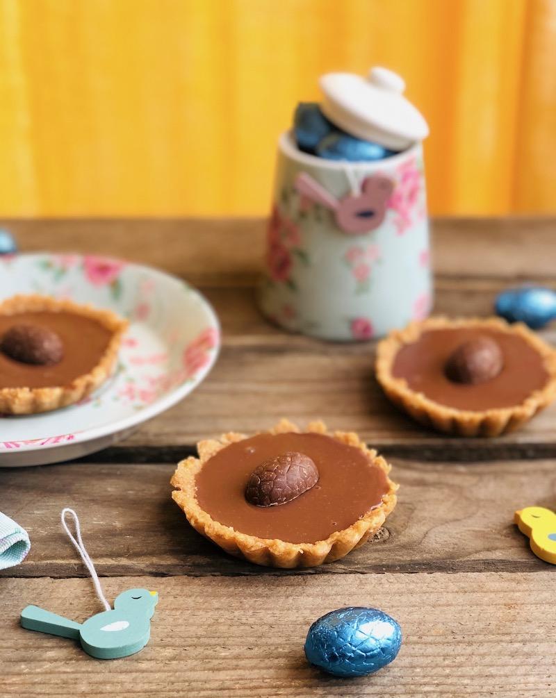 Crostatine al cioccolato senza cottura