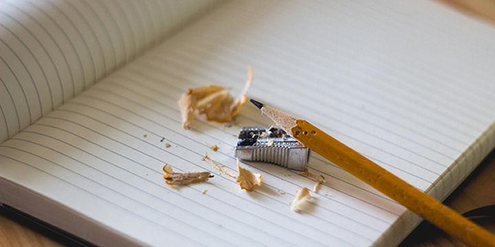 Giocare con carta e penna