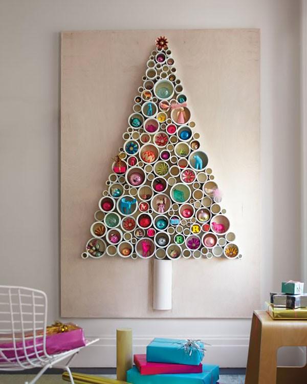 Alberi di Natale da parete fai da te: divertimento e creatività
