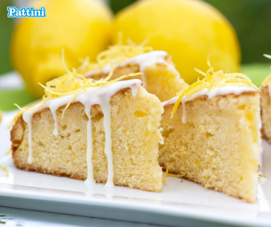 Torta al limone glassata: la ricetta perfetta per l'arrivo della primavera